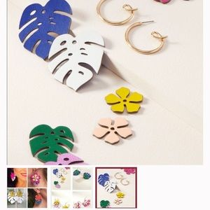 Stella and Dot Floral Color Pop Earrrings
